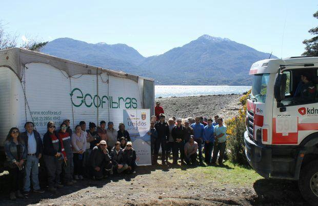 KDM Industrial Apoya Limpieza de Playas en Cochamó